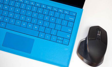 Thay doi huong cuon trang cua Touchpad tren Windows 10 - Anh 1
