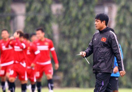 Chot danh sach 25 tuyen thu Viet Nam chuan bi du AFF Suzuki Cup - Anh 1