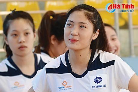 Nhung 'bong hong' tai Giai bong chuyen tre Cup cac CLB toan quoc - Anh 1