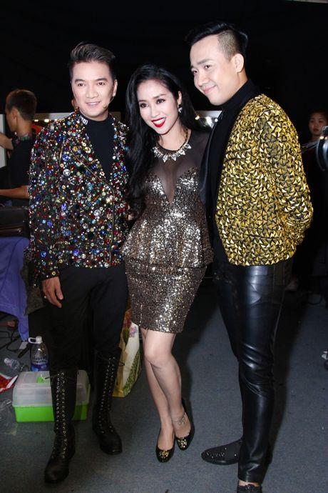 """Mr Dam, Ha Ho dep long lay lan at thi sinh tren ghe nong """"Buoc nhay ngan can"""" - Anh 4"""