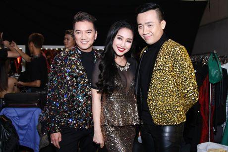 """Mr Dam, Ha Ho dep long lay lan at thi sinh tren ghe nong """"Buoc nhay ngan can"""" - Anh 5"""