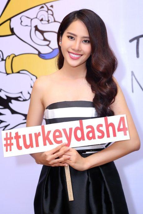 Dan sao hoi ngo de ung ho chuong trinh tu thien Turkey Dash 4 - Nu cuoi Viet 2016 - Anh 2