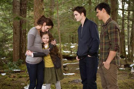Mackenzie Foy - tu co be dong 'Twilight' den my nhan 16 tuoi - Anh 3