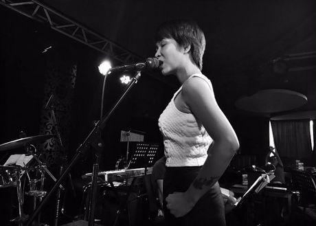 Sau 'vien ngoc' tren san khau The Master of Symphony 2016 - Anh 2