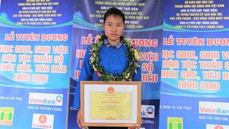 DH Luat de nghi cho nu sinh 27,5 diem nhap hoc nam sau - Anh 1
