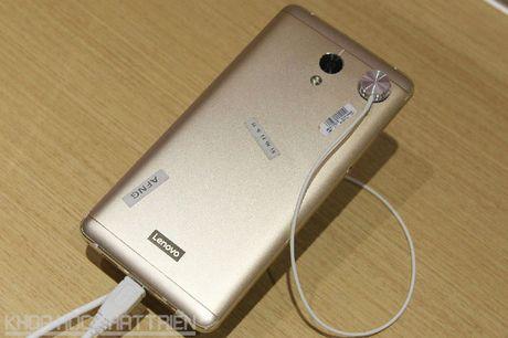 Tren tay smartphone thiet ke dep, cau hinh tot, pin 5.100 mAh - Anh 25