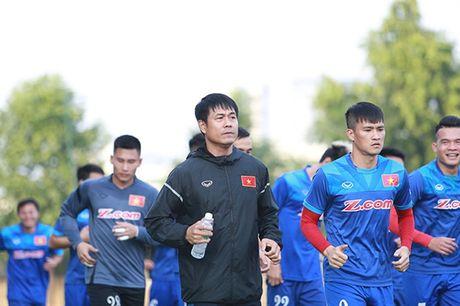 Tuyen Viet Nam san vang o Myanmar - Anh 1