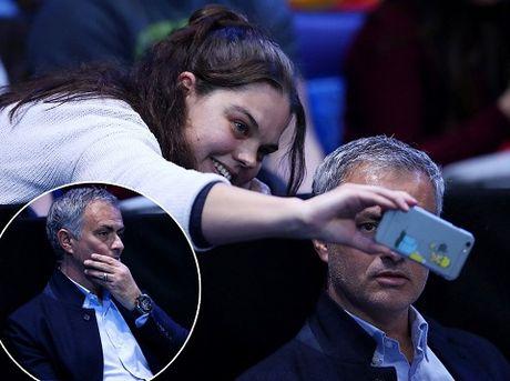 Jose Mourinho phai chang da lam hoa voi Pique? - Anh 3