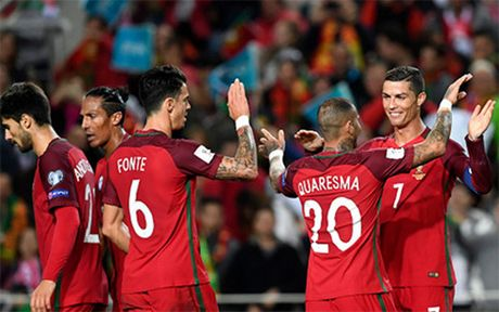 Ronaldo ghi cu dup, Bo Dao Nha thang dam Latvia - Anh 1