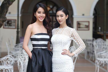 Ha Thu - Nam Em dien vay doi lap khoe nhan sac yeu kieu - Anh 13