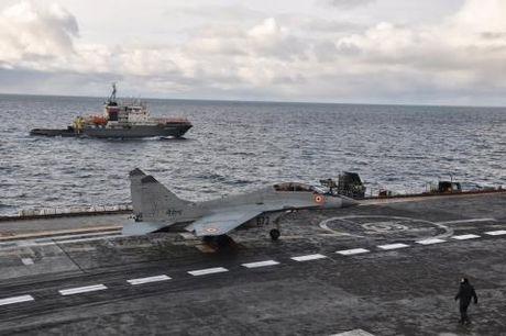 Tiem kich MiG-29K roi sau pha trinh dien an tuong - Anh 2