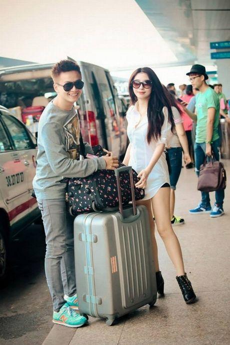 Tran Thanh phai chao thua Ngo Kien Huy do 'si me' ban gai - Anh 10