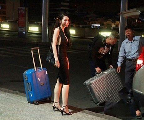 Tran Thanh phai chao thua Ngo Kien Huy do 'si me' ban gai - Anh 7