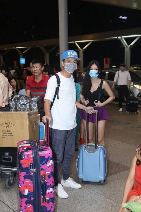 Tran Thanh phai chao thua Ngo Kien Huy do 'si me' ban gai - Anh 8