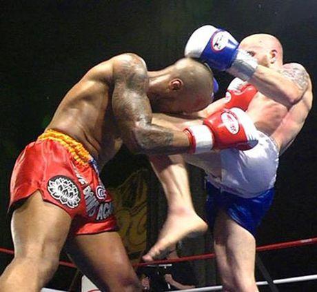 Vi sao cho va goi trong Muay Thai lai nguy hiem nhat? - Anh 5