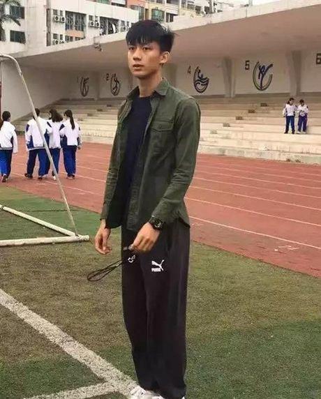 Thay giao the duc dien trai nhu Tran Quan Hy - Anh 4