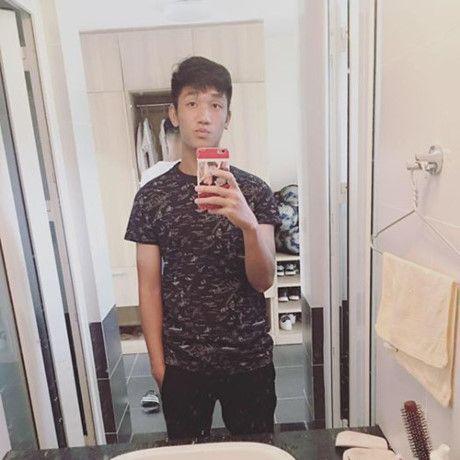 Hot boy U.19 Viet Nam Trong Dai duoc Huong Giang Idol to tinh cong khai tren facebook - Anh 3