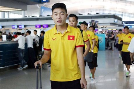 Xuan Truong tiep tuc duoc Fox Sports Asia vinh danh truoc AFF Cup 2016 - Anh 1