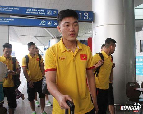 Tuyen Viet Nam mang mi goi chinh phuc HCV AFF Cup 2016 - Anh 5