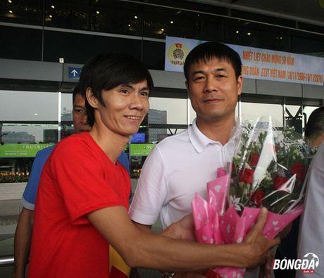 Tuyen Viet Nam mang mi goi chinh phuc HCV AFF Cup 2016 - Anh 6
