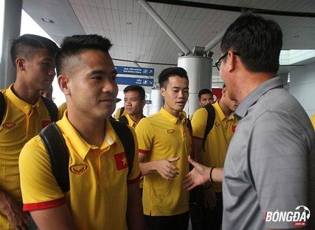 Tuyen Viet Nam mang mi goi chinh phuc HCV AFF Cup 2016 - Anh 7