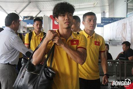 Diem tin hau truong 15/11: Sao tre Arsenal 'thang hoa' nho ban gai; Cong Phuong 'toa sang' voi gu thoi trang sanh dieu - Anh 6