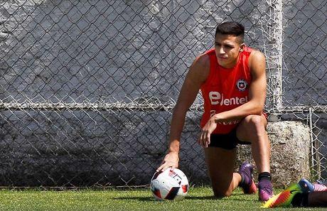 Alexis Sanchez tiet lo 'bi quyet' thang hoa - Anh 1