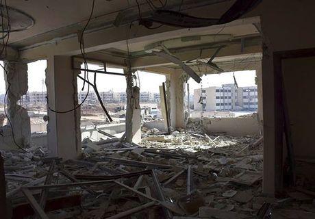 Quan doi Syria giai phong quan Dahiyet al-Assad o tay Aleppo - Anh 9