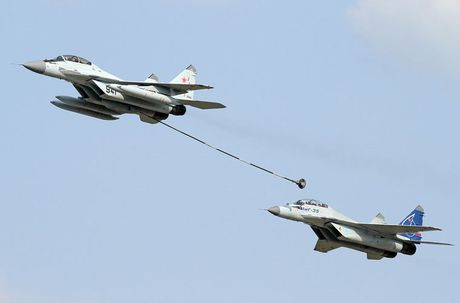 Vi sao tiem kich ham MiG-29K Nga roi gan Syria? - Anh 11