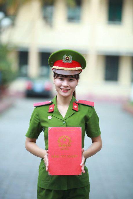 Sinh vien DH Phong chay Chua chay lung linh trong bo anh ky yeu - Anh 6