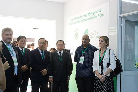 "Schneider Electric Viet Nam khanh thanh phong ""Dao tao Dien"" cho truong Cao dang Ly Tu Trong Tp HCM - Anh 3"