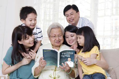 'Hop chat fucoidan mang lai suc khoe va hy vong' cho benh nhan ung thu - Anh 4