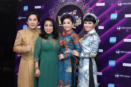 Ly do Ngoc Huyen bi de nghi tuoc NSUT nhung se lam giam khao o HTV? - Anh 2