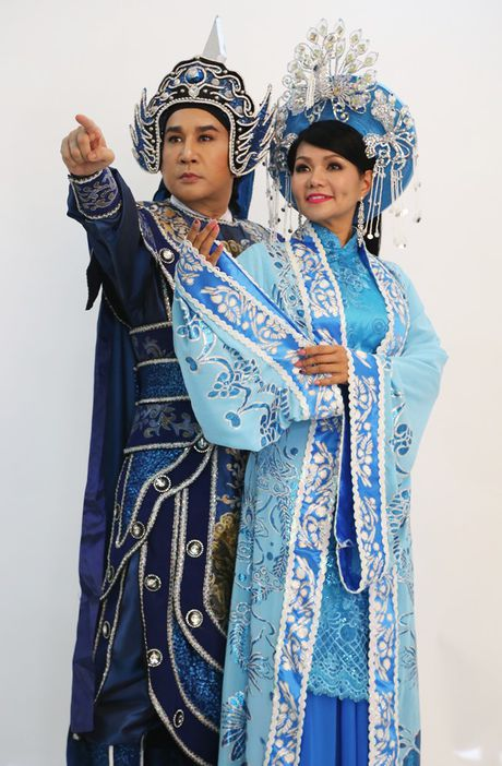 Ly do Ngoc Huyen bi de nghi tuoc NSUT nhung se lam giam khao o HTV? - Anh 4