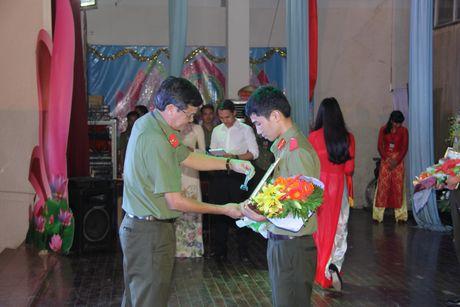 Dai hoc ANND to chuc thi 'Tim hieu Nghi quyet Dai hoi Dang toan quoc lan thu XII' - Anh 2