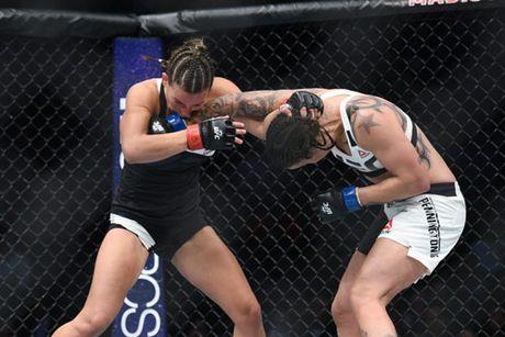 "UFC: Thua soc, ""hoa khoi"" cay dang xin giai nghe - Anh 2"