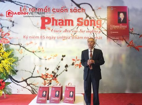 Ra mat sach: 'Pham Song - Cuoc doi va su nghiep' - Anh 1