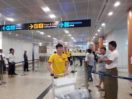 Nhung hinh anh dau tien cua tuyen Viet Nam tai Myanmar - Anh 7