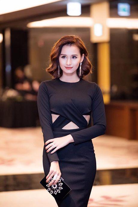 La Thanh Huyen do dang ben dan my nhan Viet - Anh 5