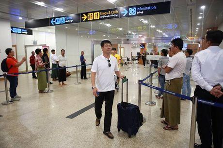 Tuyen Viet Nam va buoi tap dau tien tren dat Myanmar - Anh 2