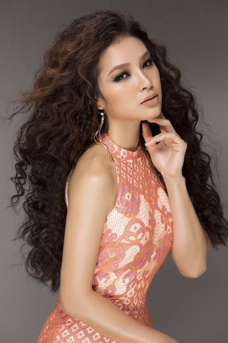 Phuong Trinh Jolie khoe duong cong hoan my voi trang phuc tao bao - Anh 6