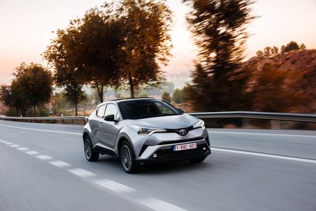 Hinh anh chi tiet cua Toyota C-HR 2017 - Anh 2