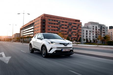 Hinh anh chi tiet cua Toyota C-HR 2017 - Anh 4