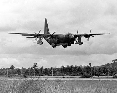 Chien tranh Viet Nam: Be khoa, danh bai chien thuat UAV My - Anh 3