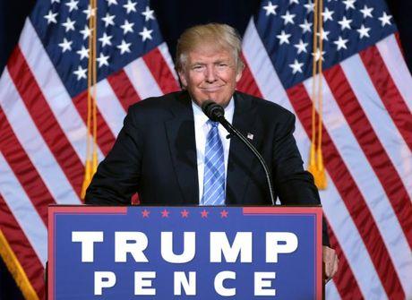 Bo nhiem 2 tro ly, Donald Trump bi cac thanh vien dang Dan Chu va Cong Hoa chi trich - Anh 1