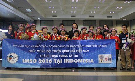 12 hoc sinh Viet Nam gianh Huy chuong Olympic toan va khoa hoc quoc te - Anh 1