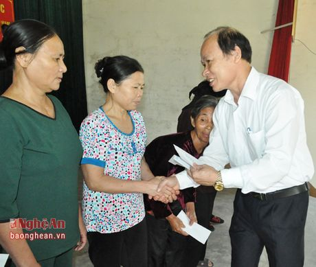 Dong chi Nguyen Thi Thu Huong du ngay hoi dai doan ket tai Hung My (Hung Nguyen) - Anh 6