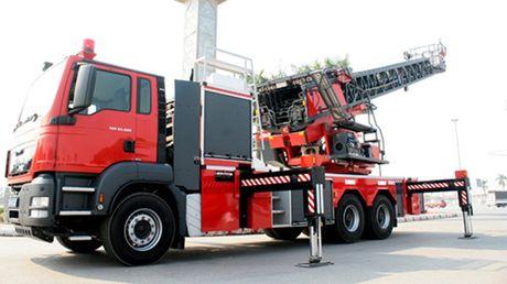 BCA Thang Long trung thau cung cap 15 xe cuu nan cuu ho - Anh 1