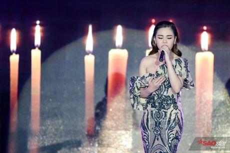 Giang Hong Ngoc khoc truoc Ha Ho: 'Em xin loi vi da khong nghe loi chi' - Anh 2