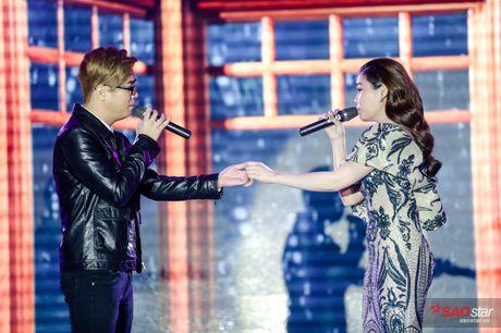 Giang Hong Ngoc khoc truoc Ha Ho: 'Em xin loi vi da khong nghe loi chi' - Anh 5